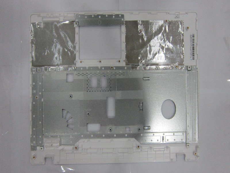 Asus 13GNDO2AP070-1 X75A-3G TOP CASE ASSY