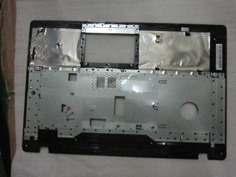 Asus 13GNDO1AP072-1 X75A-7K TOP CASE ASSY