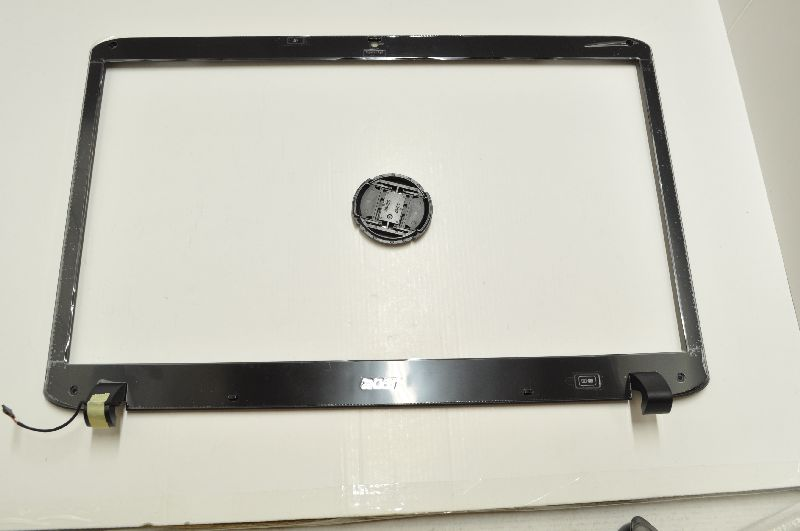 Acer 60.PD207.001 COVER.BEZEL.LCD.W/CCD
